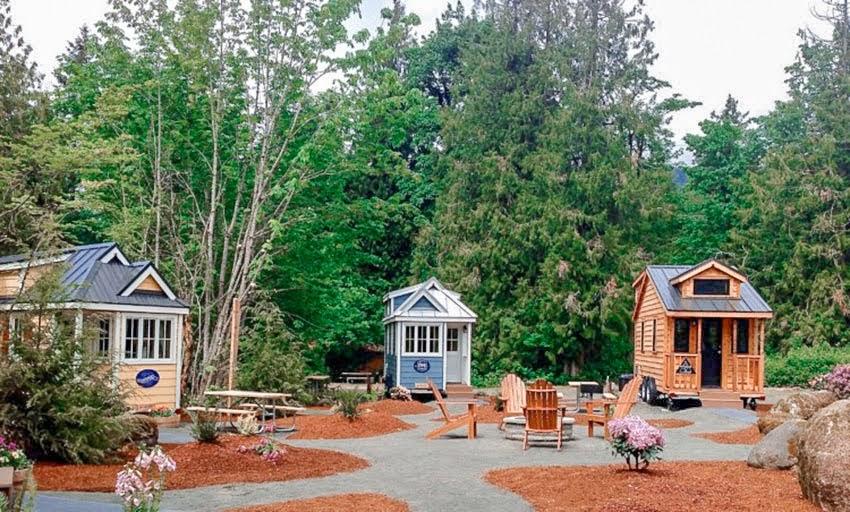 Big Family Vacation at Mt. Hood Tiny House Village
